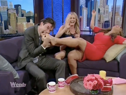 Jerry O'Connell Rubs, Bites Wendy Williams' Feet