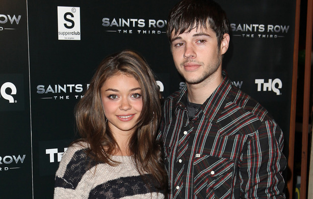 "Sarah Hyland's Real Life Beau Matt Prokop Joining ""Modern Family"""
