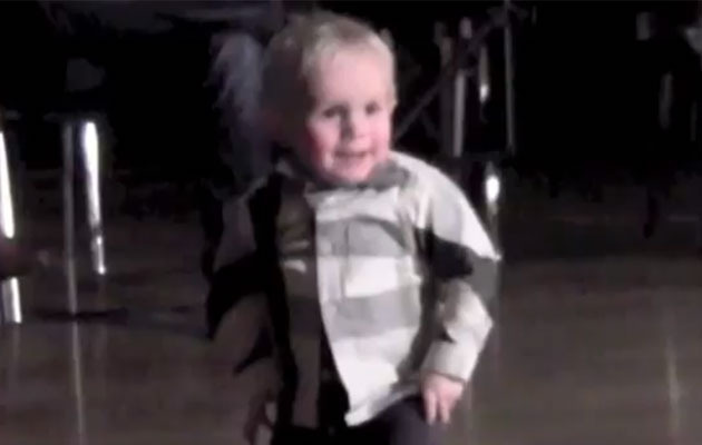 Viral Video: Tiny Tot Breaks Out Elvis Moves!
