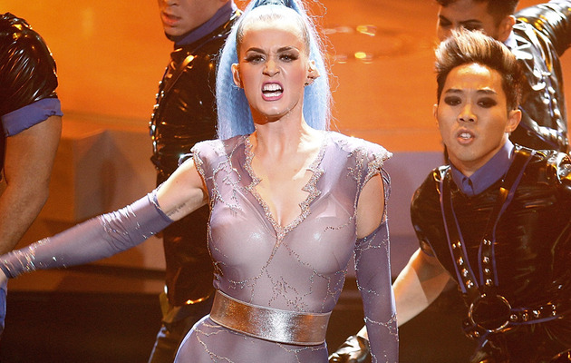 Katy Perry Flaunts Curves at Echo Awards