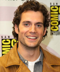 New 'Superman' Henry Cavill Engaged