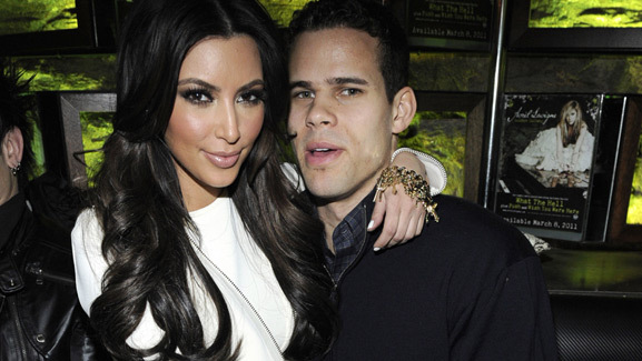 Kim Kardashian & Kris Humphries Are Engaged!