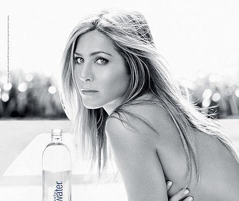 Jennifer Aniston Shows Skin in Sexy New Ad, Trailer