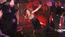 Shania Twain FALLS HARD At The CMT Awards