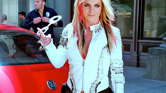 Britney Spears Flashes a Cop in New 'I Wanna Go' Video!