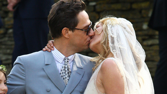 Supermodel Kate Moss Weds -- See Her Gorgeous Gown!
