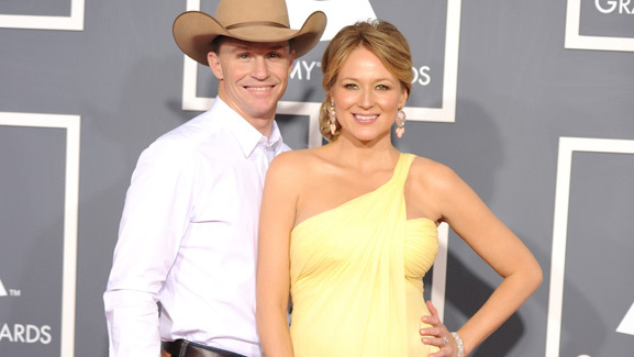 Jewel Gives Birth to a Baby Boy!