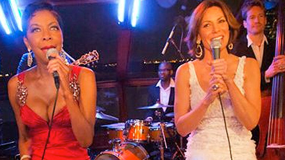 Video: Countess LuAnn Sings with Natalie Cole!