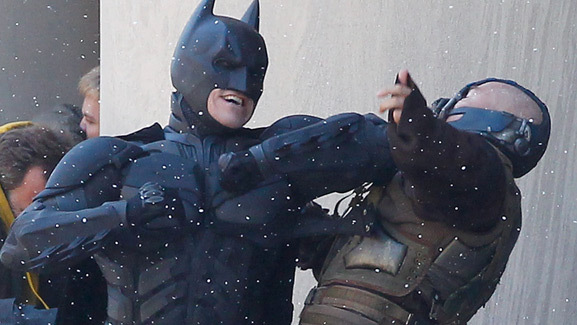 'Dark Knight Rises' Sneak Peek: Batman & Bane on Set!
