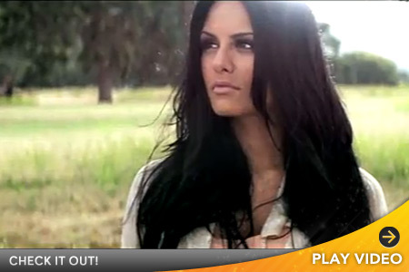 'Idol' Favorite Pia Toscano -- See Her Debut Video