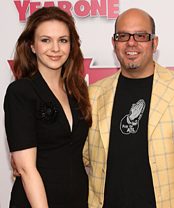 Amber Tamblyn Engaged to David Cross!