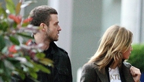 Justin Sneaks in with Jessica Biel