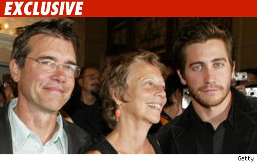 Jake, Maggie Gyllenhaal's Parents End Marriage   TMZ.com