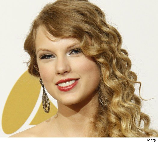 Swift Sues Sports Bar After Sting Operation