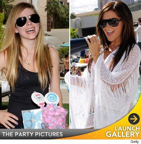 Ashley Tisdale bikini pictures.