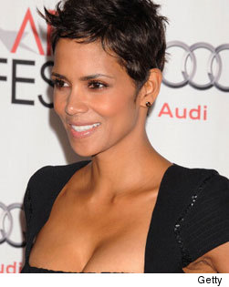Halle Berry Naked!