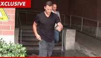 "Sean Avery -- Asked Cops for Favor After Calling Them ""Fat Little Pigs"""