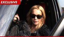 Lindsay Lohan -- Good Sam Returns Cell Phone with 'Photos'