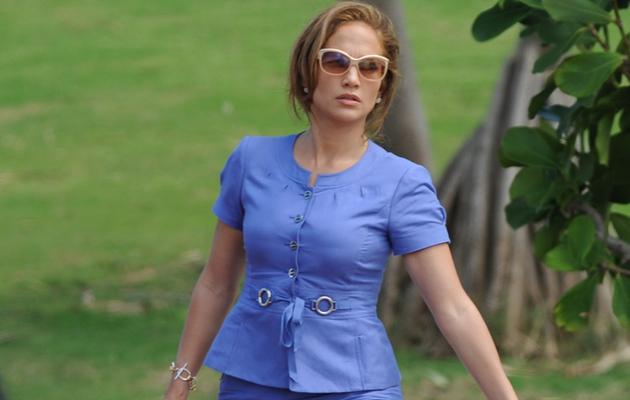 Jennifer Lopez Gets Animated on Set