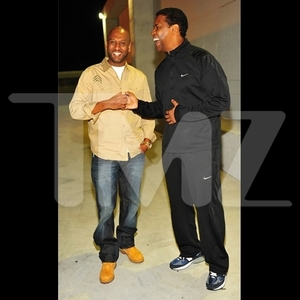 Denzel Washington Goes Clubbin' -- What Dress Code???