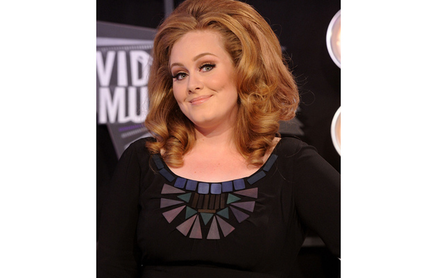 "Adele ""Doing Really Well"" After Vocal Chord Surgery"