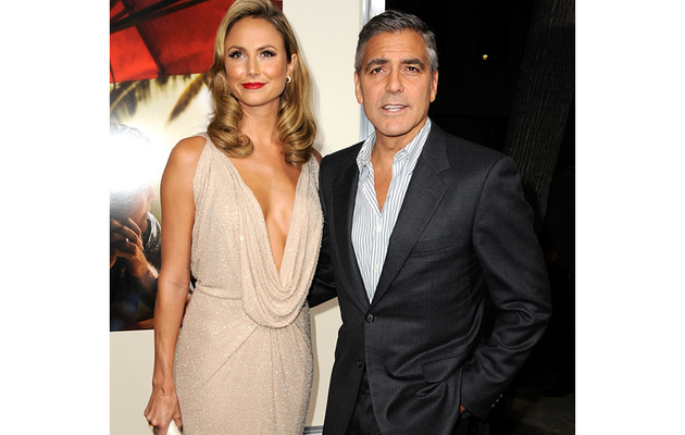 "Keibler Meets Clooney's Parents at ""The Descendants"" Premiere"