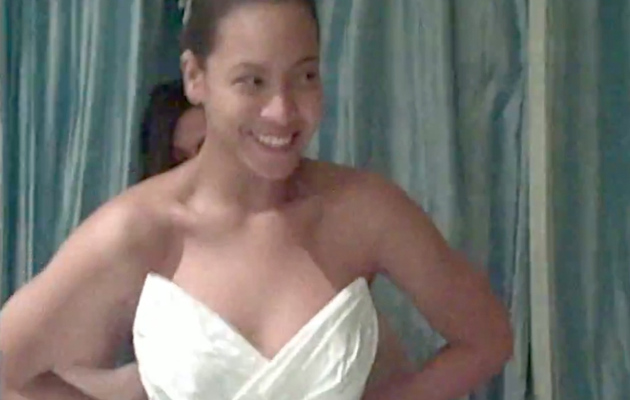 Beyonce FINALLY Reveals Her Wedding Dress!
