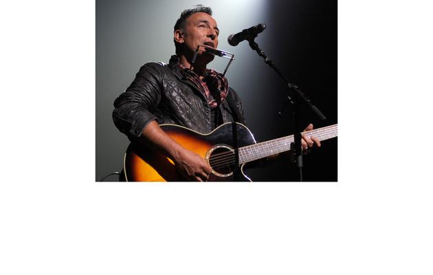 Bruce Springsteen Announces New E Street Band Tour!
