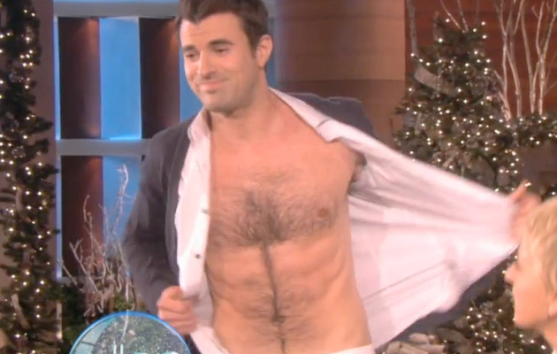 """X Factor"" Host Steve Jones Strips!"
