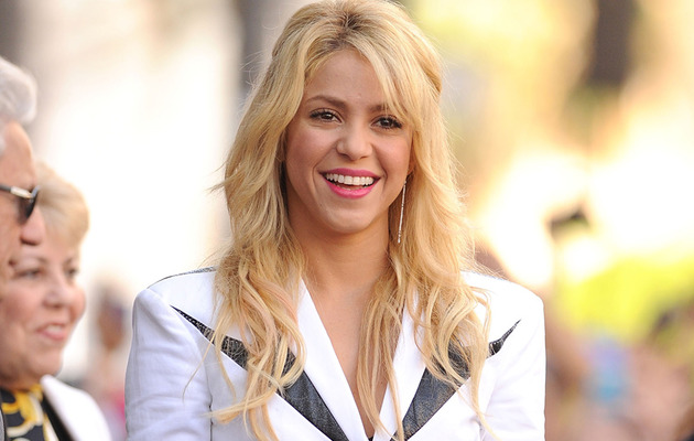 Shakira Chops Off Her Hair -- See Her Short, New 'Do!