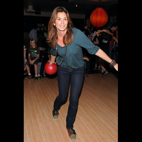 Celebrities Bowling bowling ball pins
