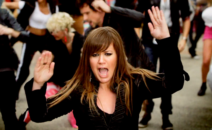 Kelly Clarkson Stronger Hairstyle