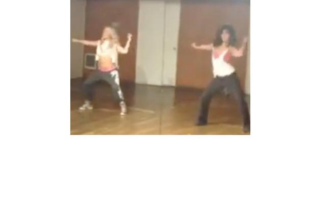 Ashley Tisdale & Vanessa Hudgens Tackle Beyonce Choreography!
