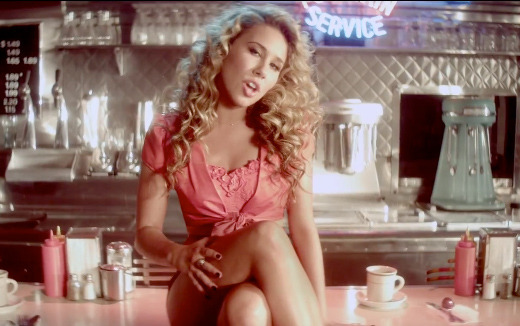 "Haley Reinhart Releases First Post-""Idol"" Music Video"