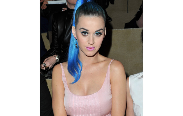 "Katy Perry Proclaims She's ""Single and Satisfied"""