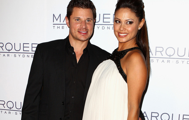 Vanessa Minnillo Flaunts Baby Bump on Red Carpet!