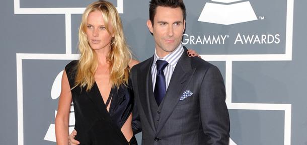 Adam Levine & Anne Vyalitsyna Split!