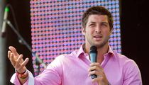 Tim Tebow -- 15,000 Show Up for His Easter Sermon