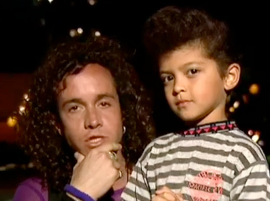 Funny Flashback: Pauly Shore Interviews Little Bruno Mars!