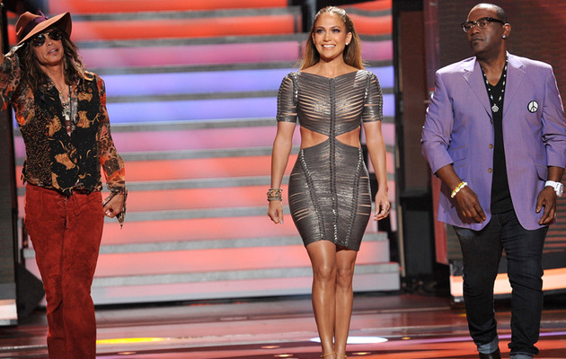 "Jennifer Lopez Wears Her Sexiest Dress Yet on ""American Idol""!"