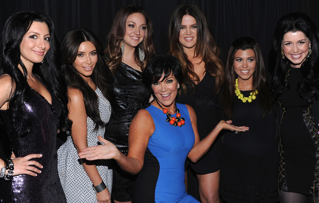 "The Kardashians Come Face to Face with SNL ""Kardashians"""