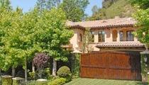 Kim Kardashian, Kanye West Selling Their Homes