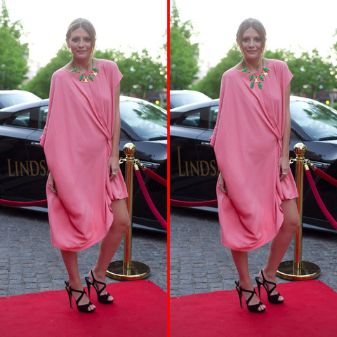 Can you spot the THREE differences in the Mischa Barton picture?