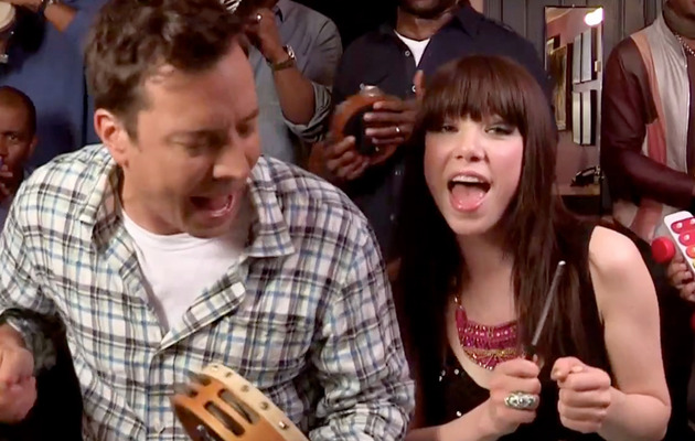 "Carly Rae Jepsen Sings ""Call Me Maybe"" with Jimmy Fallon Crew"