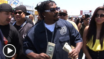Rap Icon Daz Dillinger Makes It Rain ... On Homeless People