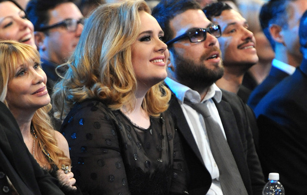 Adele Pregnant, Expecting First Child with Simon Konecki!