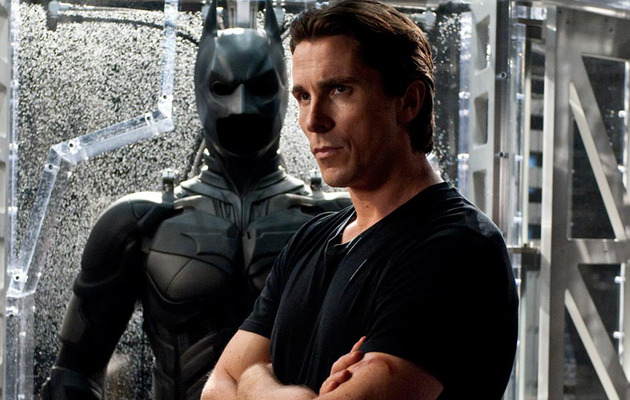 "REVIEW: ""The Dark Knight Rises"" ... Or Does It?"