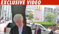 Prez Bill Clinton -- Tempted to Cheat