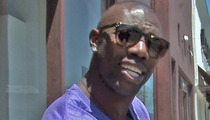 Terrell Owens' Baby Mama -- You're in the NFL Now ... PAY UP!!!