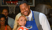 "Michael Strahan To Join ""Live"" with Kelly Ripa"